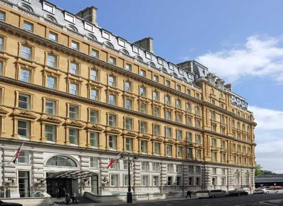 Corintia Hotel